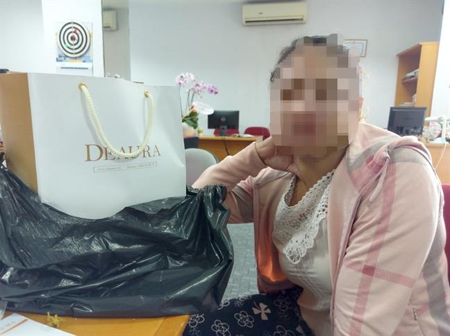 Chị P. trình bày hoàn cảnh khốn đốn của mình sau khi dính nợ vì mua mỹ phẩm Deaura