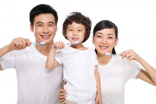 Khắc phục sai lầm trong chăm sóc răng cho học sinh tiểu học