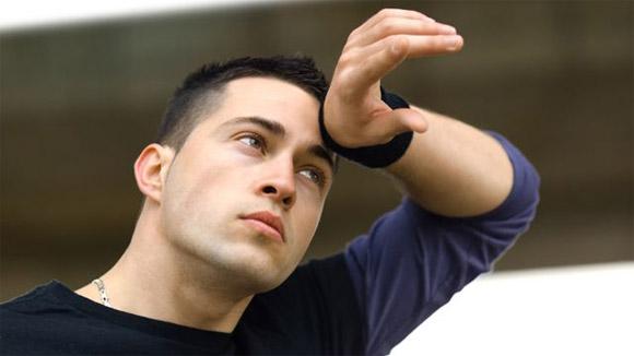 Tăng tiết mồ hôi có phải do rối loạn thần kinh thực vật?
