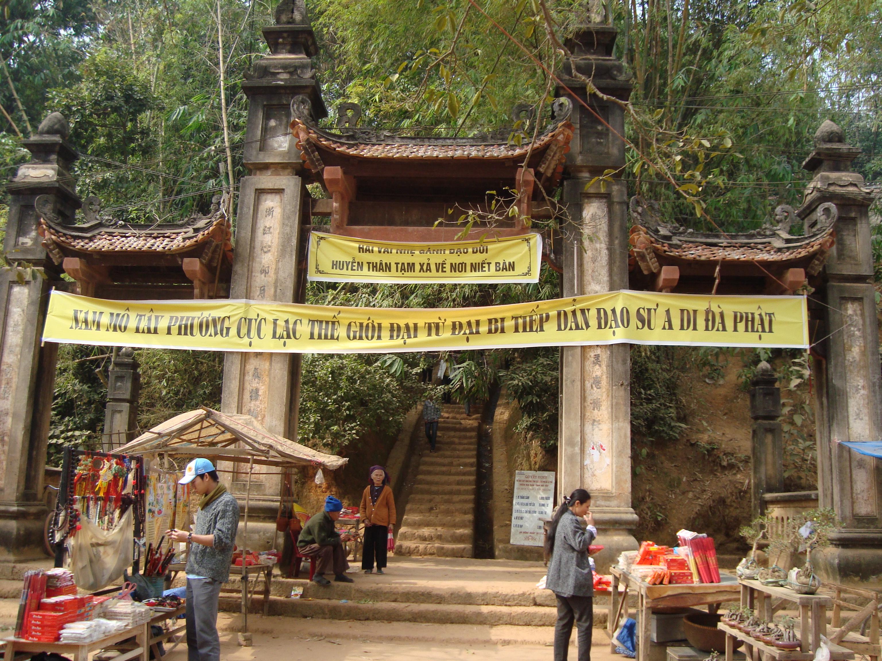 Chùa Tây Phương, bảo tàng tượng Phật độc đáo nhất Việt Nam