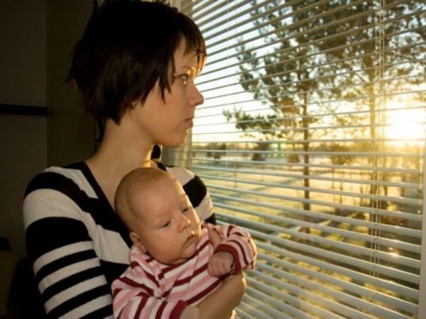 Bệnh trầm cảm sau sinh, nguyên nhân và liệu pháp điều trị