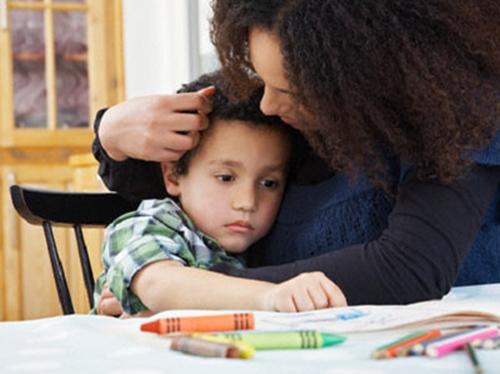 Giải pháp hữu hiệu cải thiện bệnh tự kỷ cho trẻ