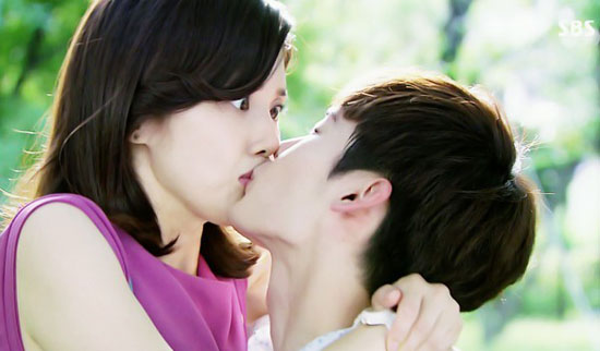 Mặt trái đáng sợ của nụ hôn