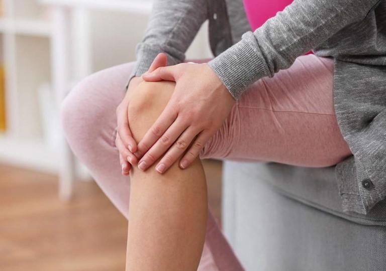5 loại thảo dược giúp giảm đau khớp