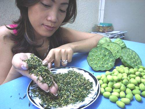Cách làm trà trị bệnh Mất Ngủ từ các loại thảo dược dễ tìm