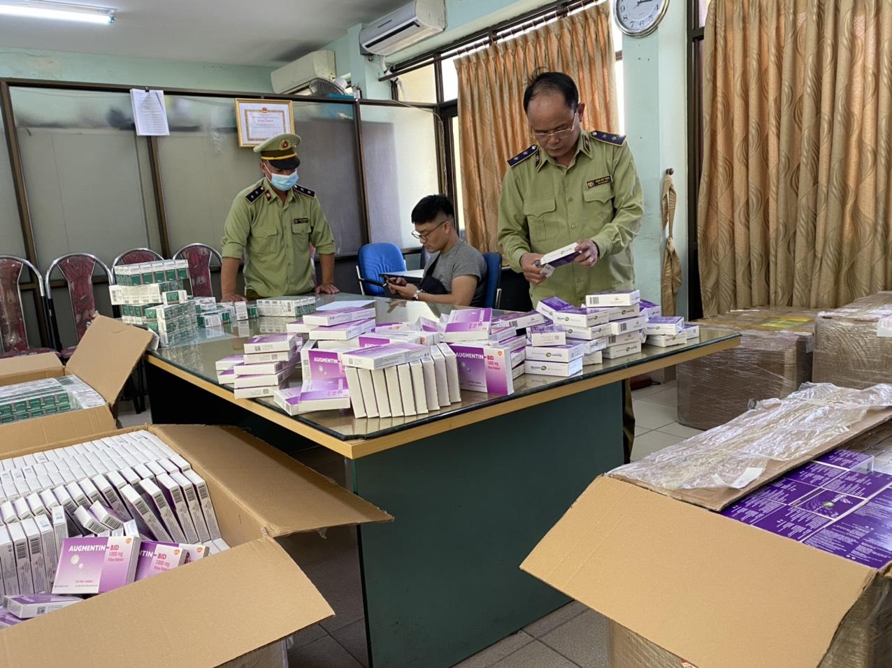 Mua thuốc trị thận, kháng sinh trên tài khoản ảo rồi phân phối cho các nhà thuốc