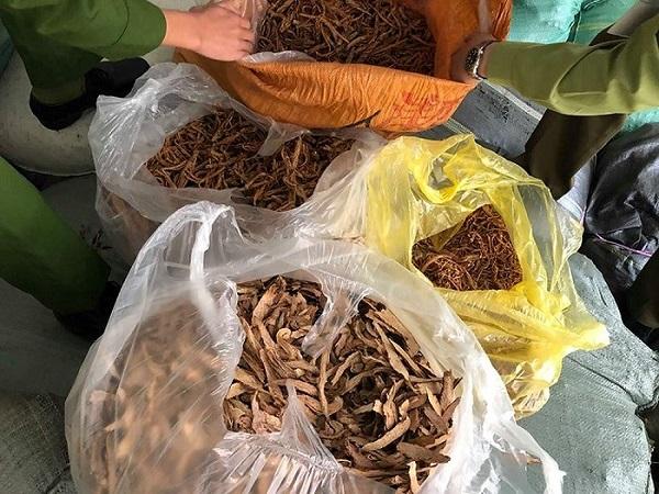 Hơn 7 tấn nguyên liệu thuốc bắc không rõ nguồn gốc, xuất xứ bị 'tóm' tại Hà Nội nhiều loại rất nhiều người đang dùng