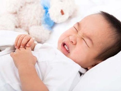 Nguyên nhân và cách điều trị bệnh tiêu chảy ở trẻ em
