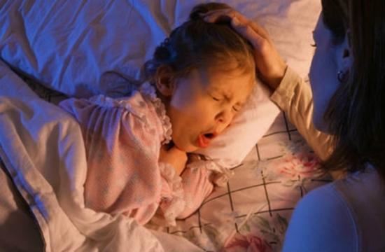 Các cách trị ngạt mũi khó thở cho bé khi ngủ các mẹ cần biết